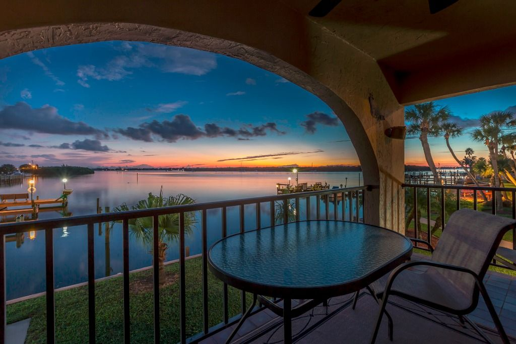 Picturesque Bay Front Property. 90 Second Walk To Gulf ...
