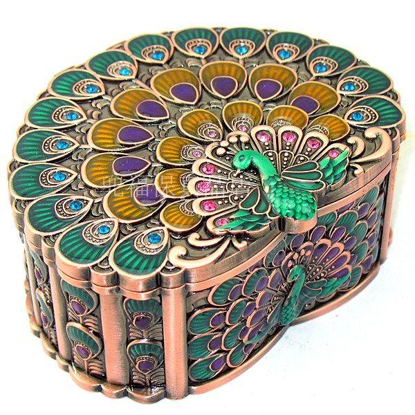 Free shipping! Tin jewelry box cosmetic box peacock love