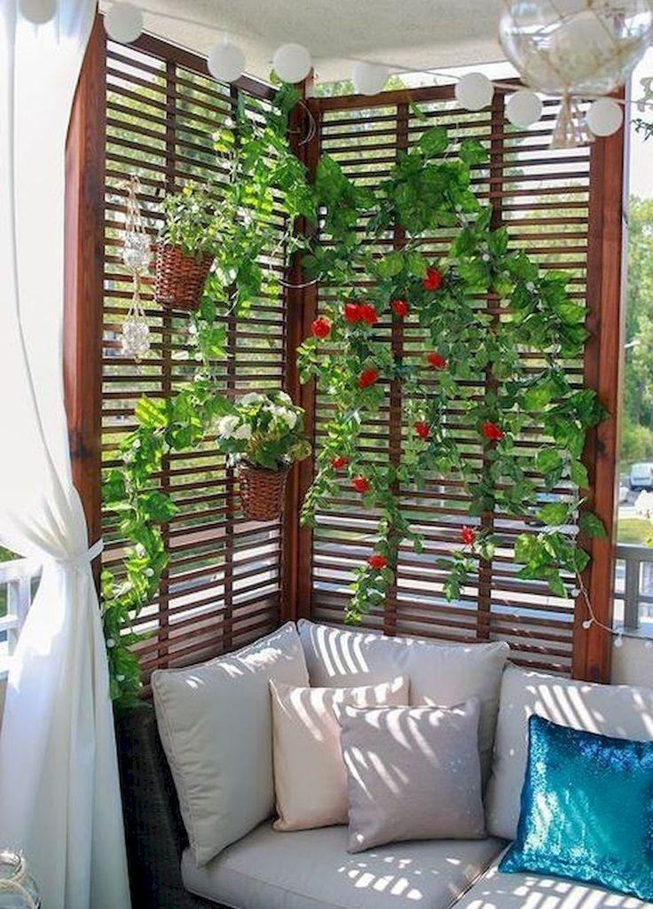 Apartment Balkon Design für kleine Räume #wohnungbalkondekoration