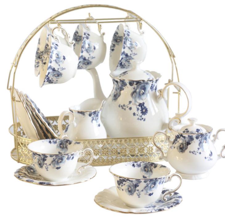 Simple And Elegant Blue And White Porcelain Tea Set This Set Contain 1 Teapot 1 Milk Bowl 1 Sugar Bowl 6 Cups And 6 Ceramic Tea Cup Porcelain Tea Set Tea Set