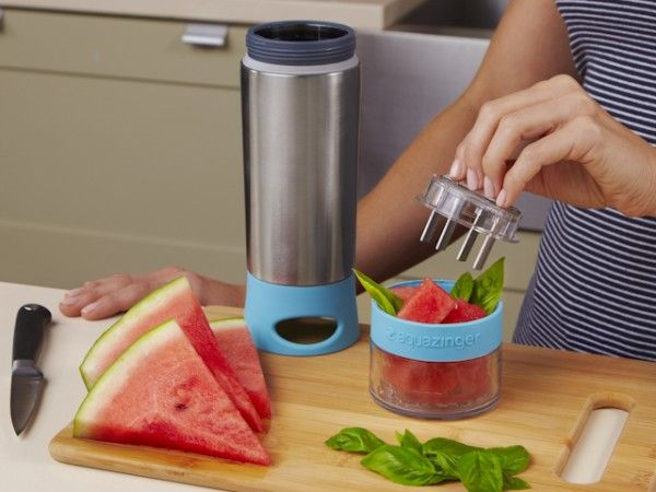The Grommet team discovers Zing Anything, reusable water bottles.  Zing Anything enables you to make the best fruit infused water. Infused water with natural ingredients, while on the go.