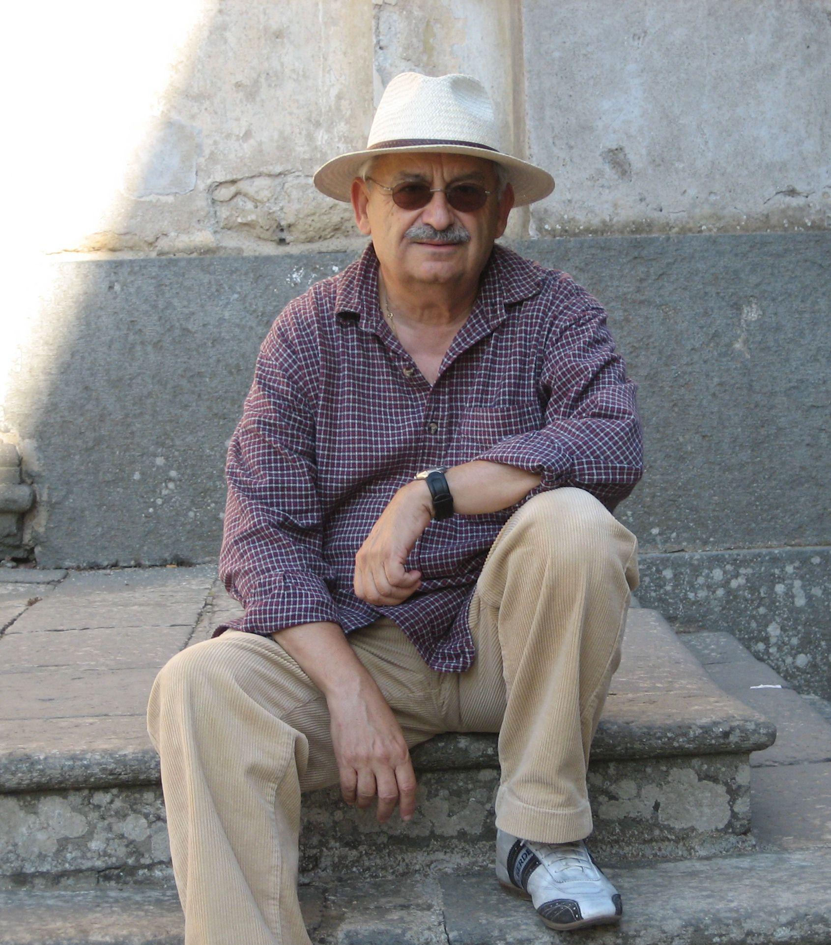 The Author Uri Jerzy Nachimson