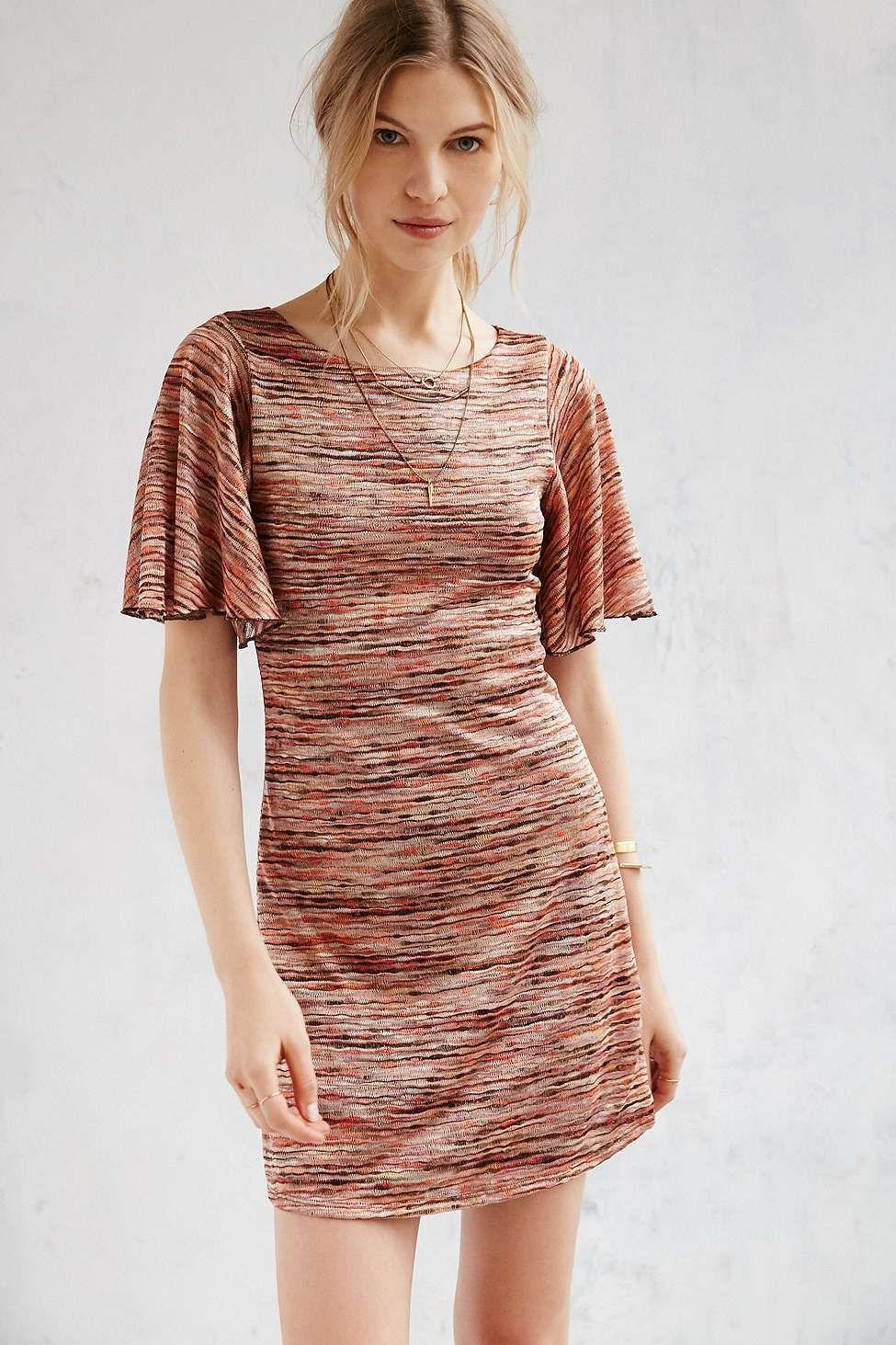 27f1c856b653 Ecote - Mini robe Mabel rouge à manches évasées