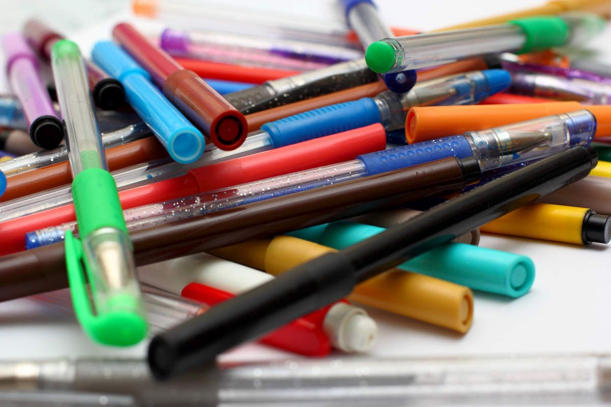 7 Tips For Storing Colored Pencils Markers And Pens With
