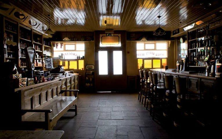 Irish Pub Shop Style Leonards
