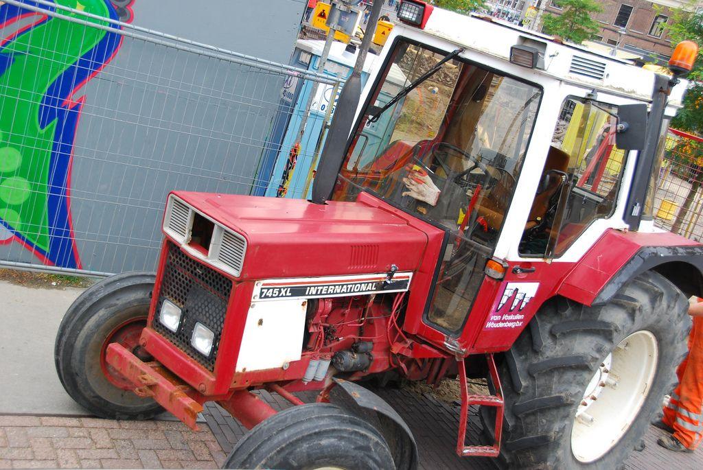 International 745 Xl Tractor Tractors International Tractors Farmall