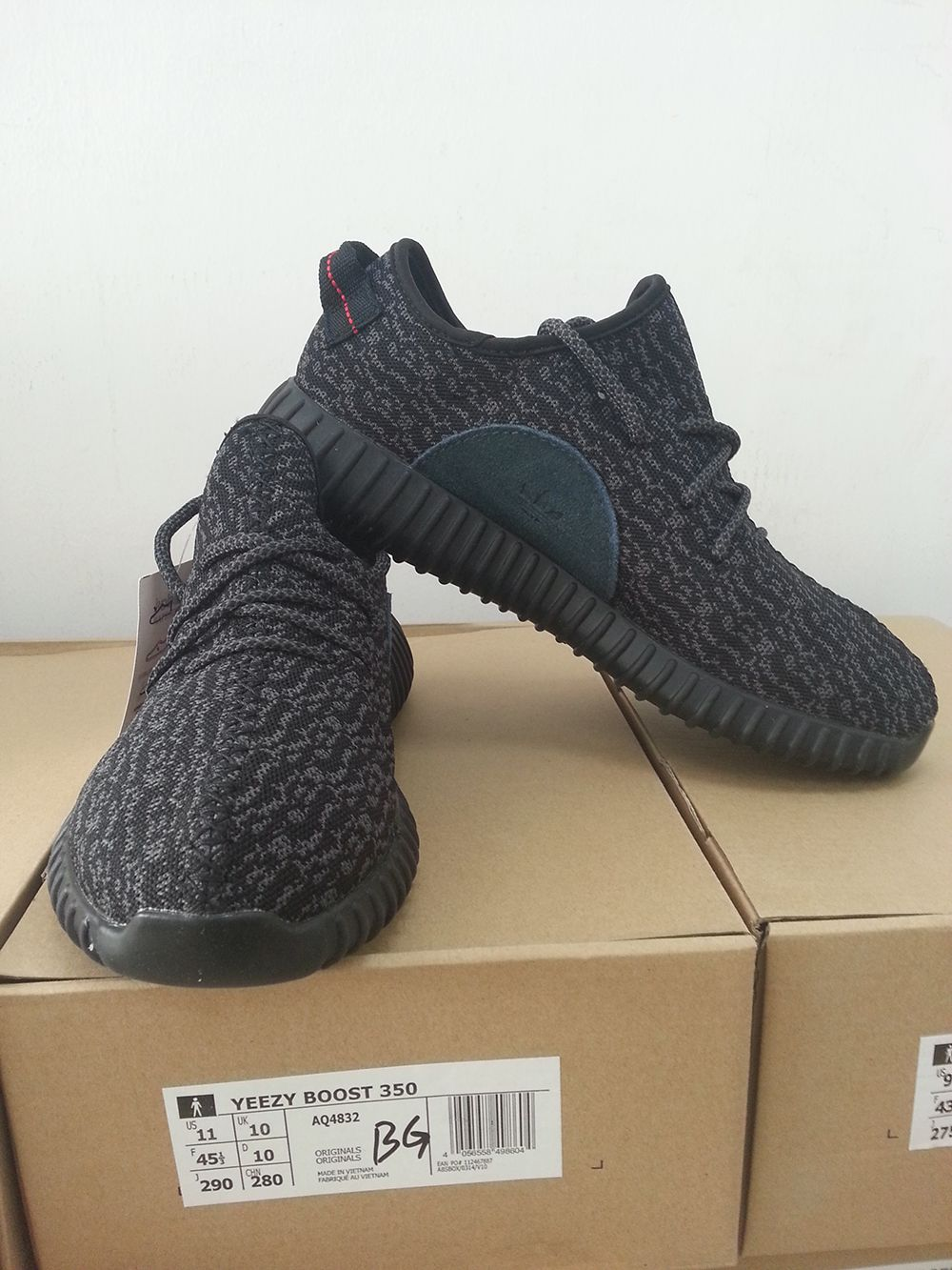 Mens and Womens Kanye west Yeezy boost 350 Pirate Black with original box