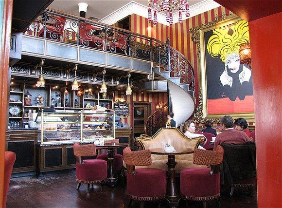 تصميمات ديكورات كافيهات مبتكرة تخطف الانظار Bakery Decor Bakery Interior Coffee Shops Interior