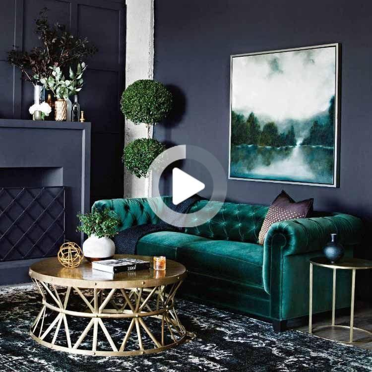 Teal decor in Beautiful traditional style living room with teal velvet chesterfield sofa #livingroom #livingroomideas