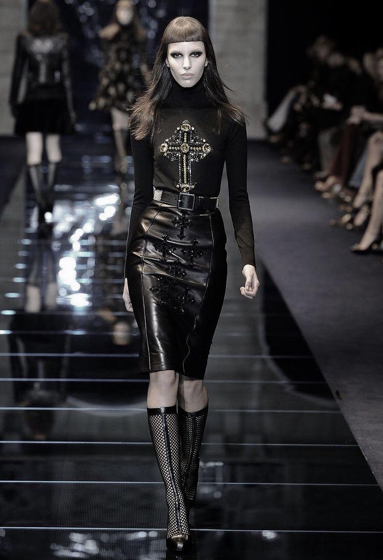 Dramatic Goth Fashion : goth fashion