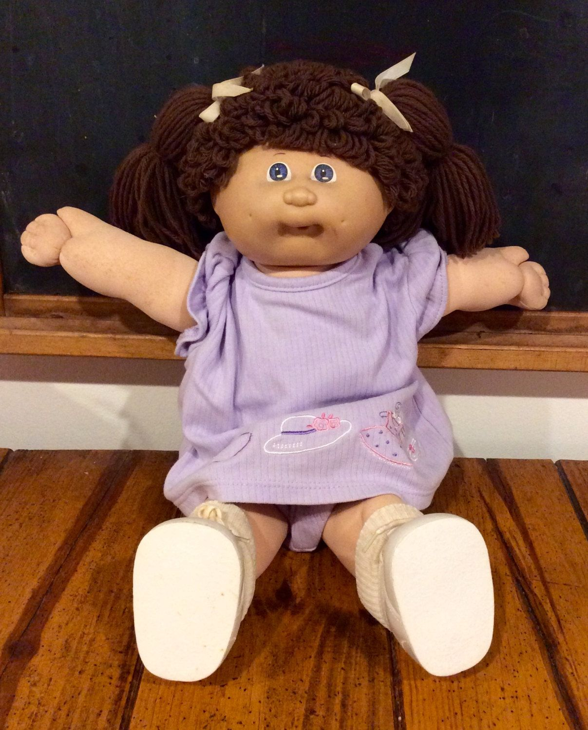 1985 Cabbage Patch Kids Brown Haired, Lavender Eyed, Blue Signature, PMI  Tag Coleco Girl Doll,… | Cabbage patch kids dolls, Cabbage patch kids, Cabbage  patch babies