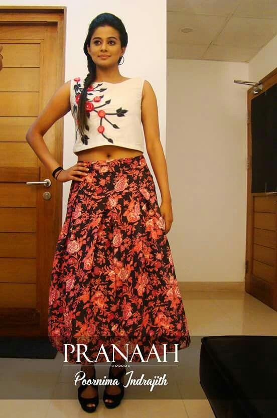 b5fd0e8329b7c5 Embroidery#crop top#printed skirt#pranaah   crop top and full skirt ...