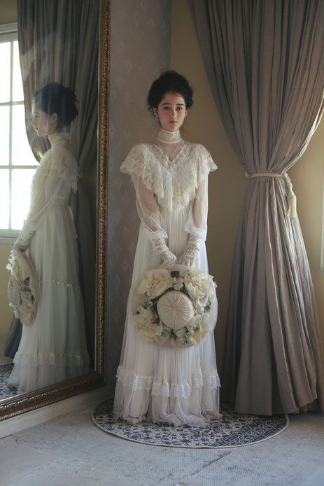 Photo of victorian lady – dramatica ~ vintage wedding dress styling & rental