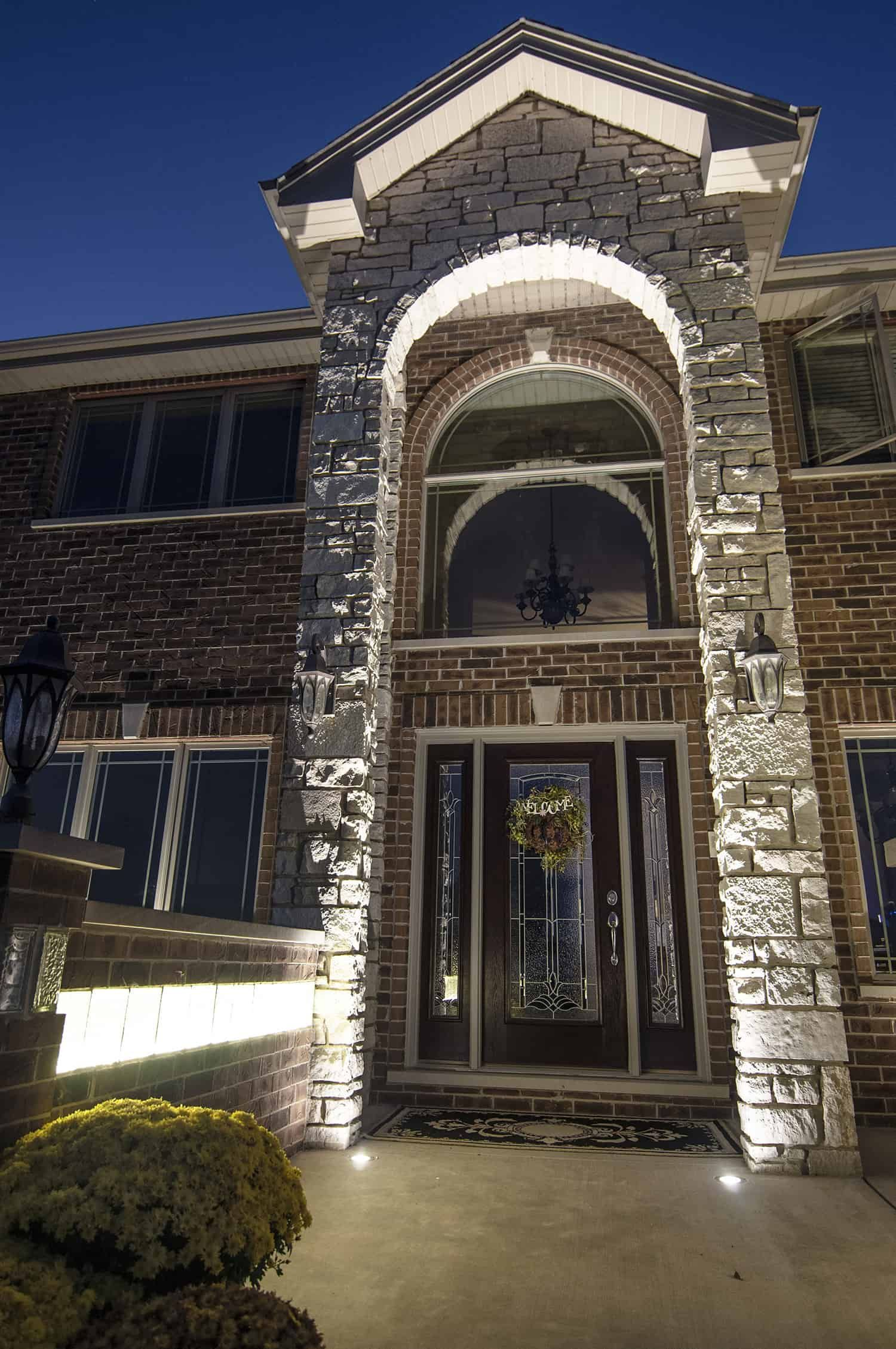 Residential Entryways Outdoor Lighting In Chicago, IL in