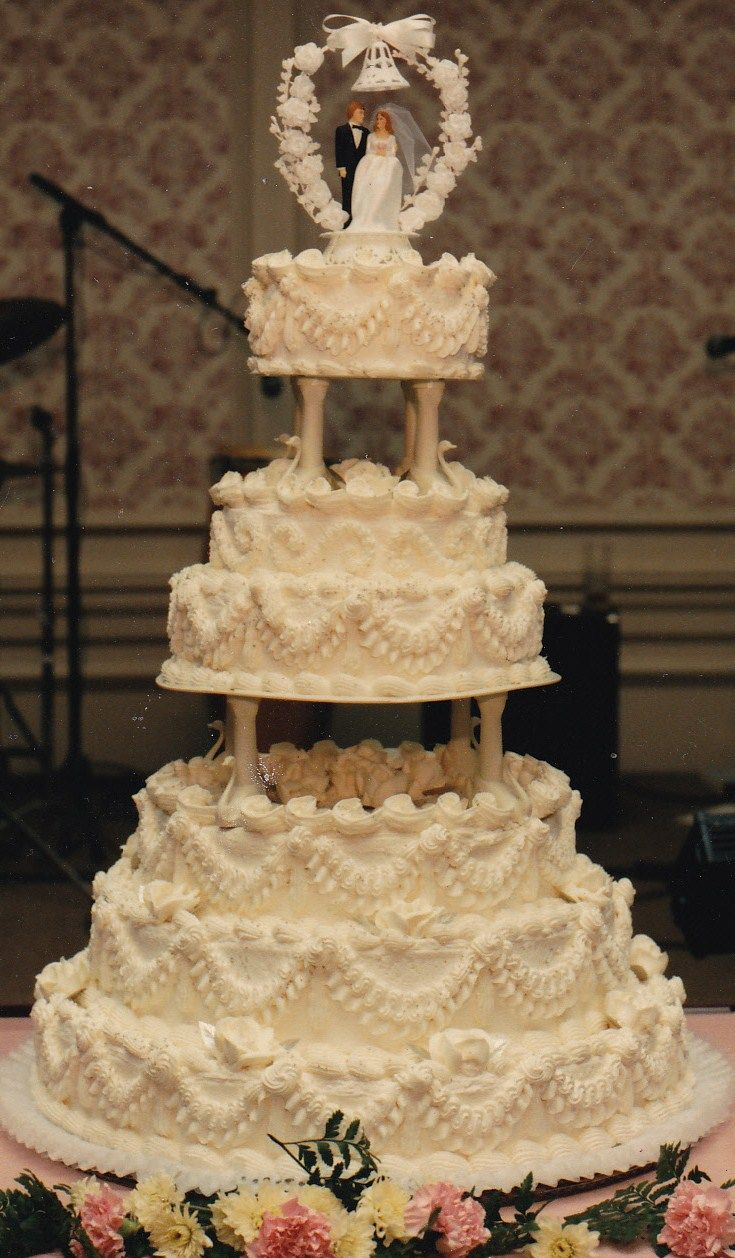 1960's buttercream cake Vintage cake, Wedding cake