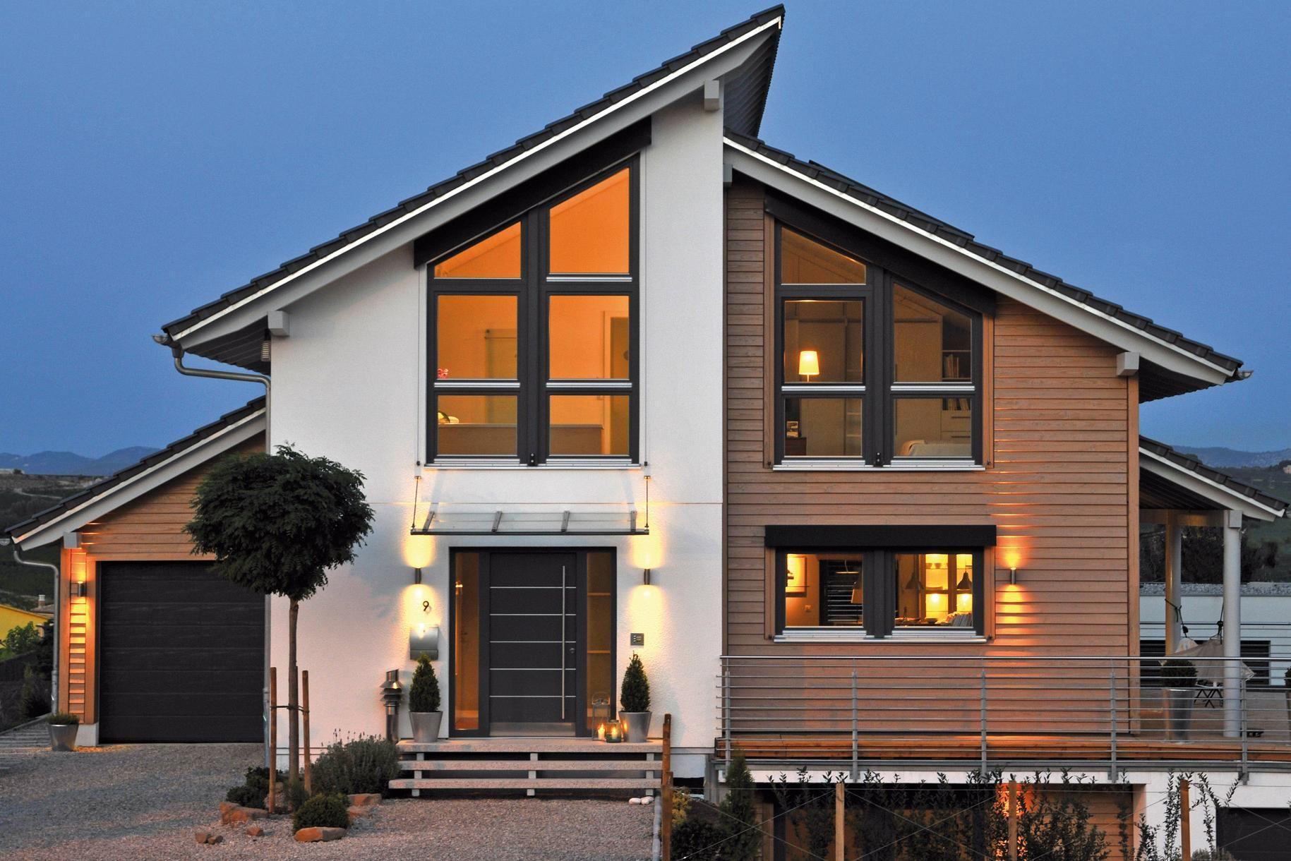 Fertighaus mit Holz Esterni casa, Esterni casa moderni