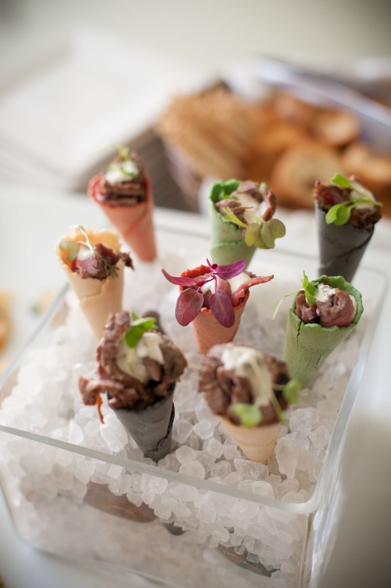 Trend hors d oeuvres cones all types of food both for Types of canape
