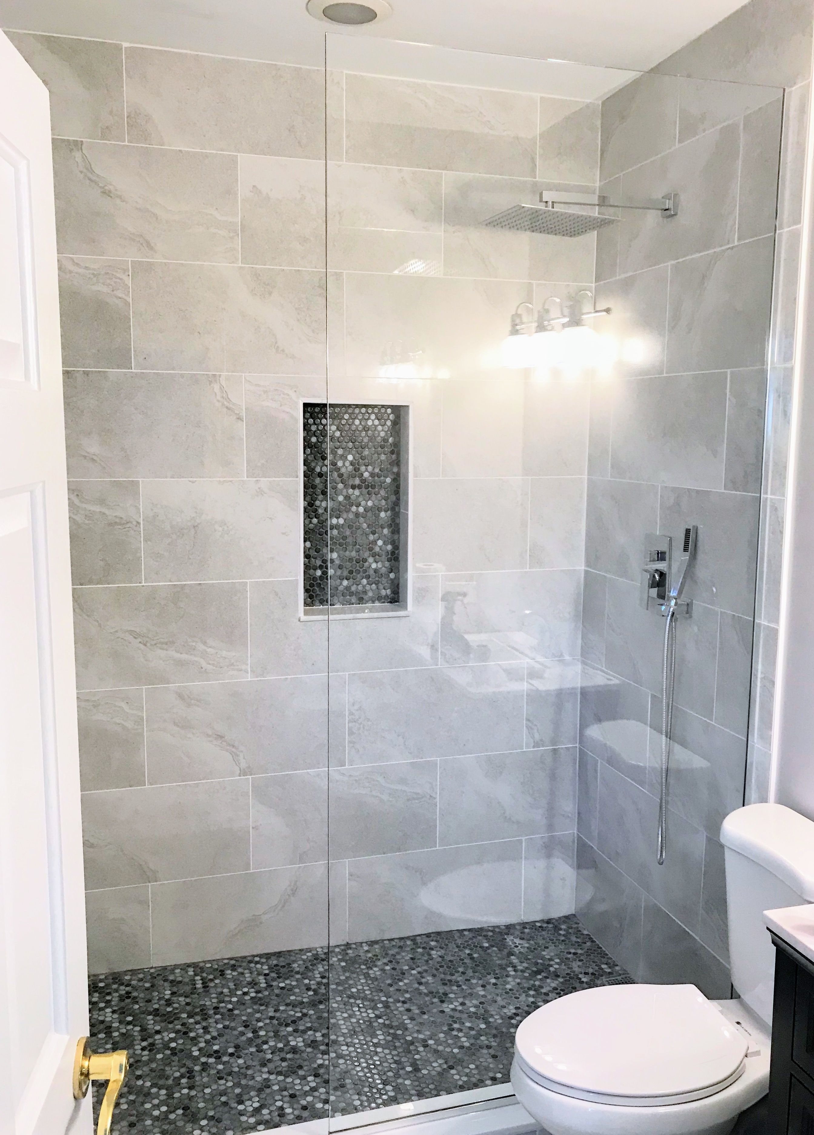 Simple Is Better Custom Shower Glass Low Iron Ultra Clear Shower Glass In Chicago By Ultimate Glass Art Shower Panels Cheap Bathroom Faucets Bathrooms Remodel