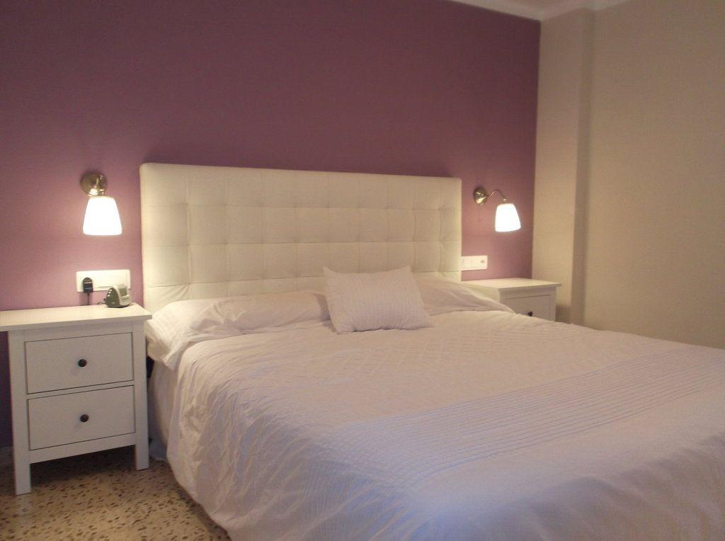 Resultado De Imagen De Cabeceros De Cama Madera Con Apliques Lamparas Dormitorio Dormitorios Dormitorio De Matrimonio