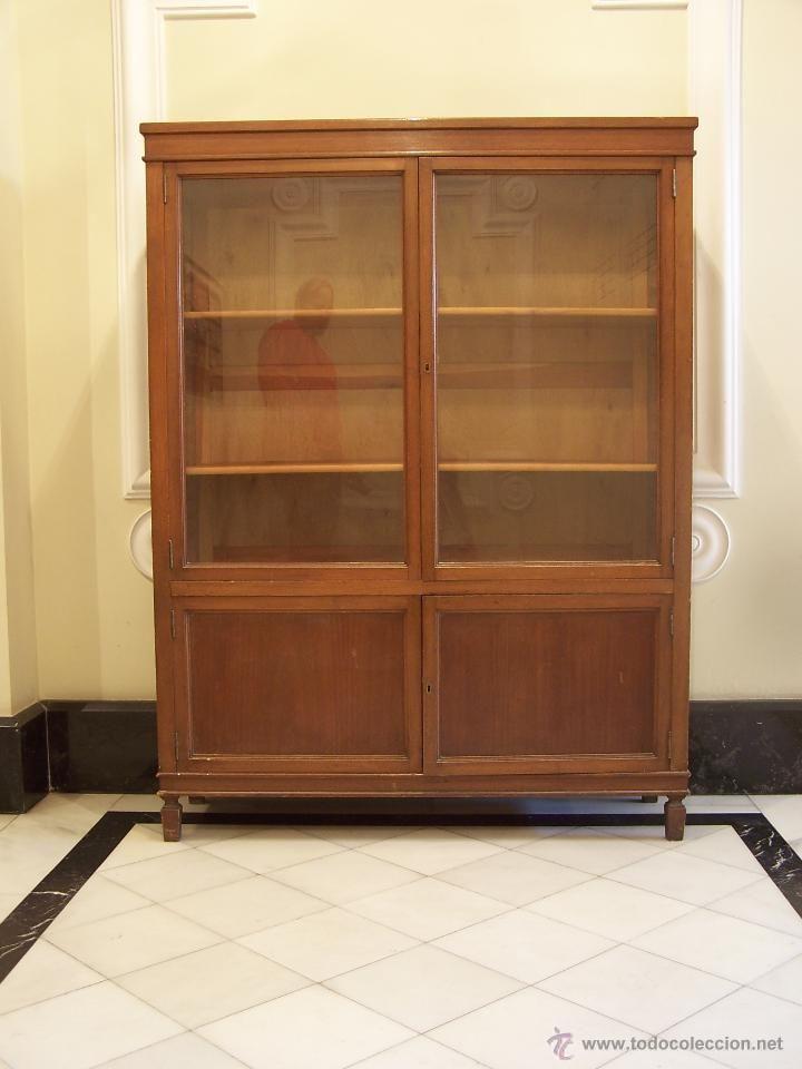 Librería de madera antigua | Madera antigua, Librerías y Antigüedades
