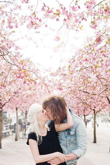 Couple Kissing Under Cherry Blossom Tree Scandinav Cute766