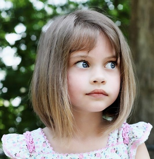 9 Best And Cute Bob Haircuts For Kids Styles At Life Bob Haircut For Girls Little Girl Haircuts Little Girl Bob Haircut