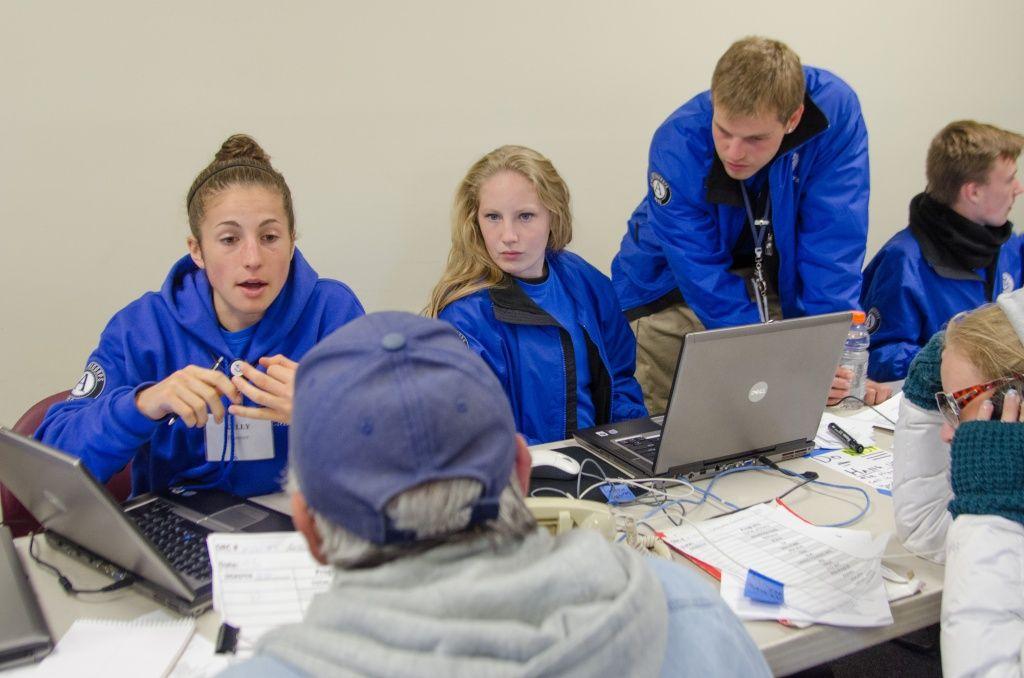 FEMA Corps assists survivors Americorps, Americorps nccc
