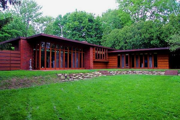 Jacobs House by Frank Lloyd Wright in one story Usonian style ...