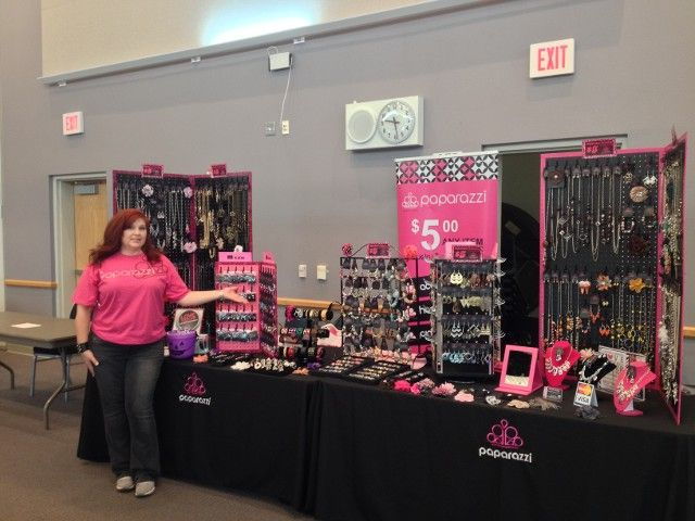 Craft Show Display Ideas Cool Examples And Tips Maker ...