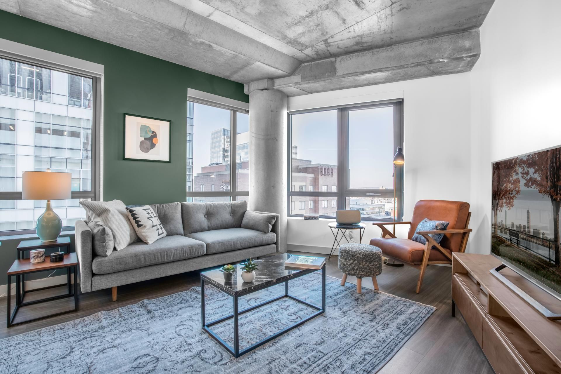Bright Concrete Living 1bedroom Apartment Fully Furnished Apartment In Kendall Square Bost Chic Apartment Decor Elegant Apartment Decor Dyi Apartment Decor