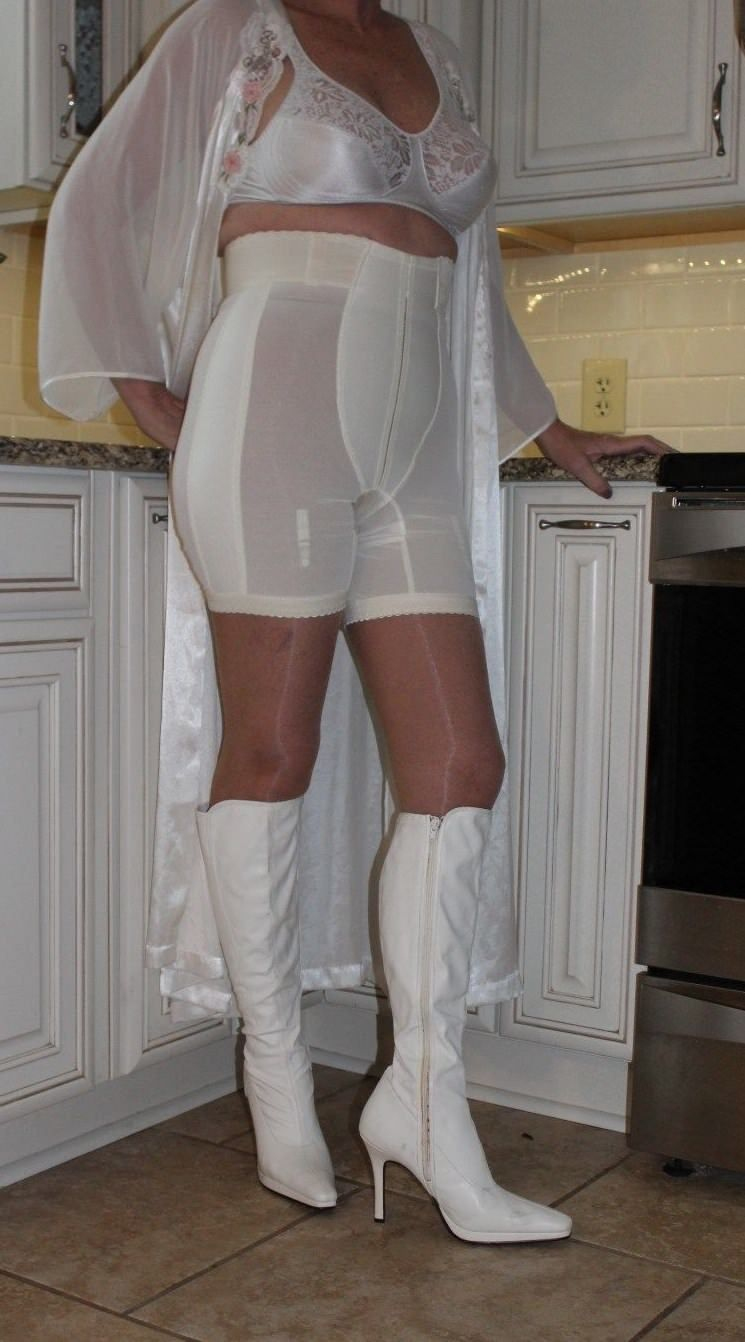 76acd69e93 Pin by My Info on Vintage Girdle
