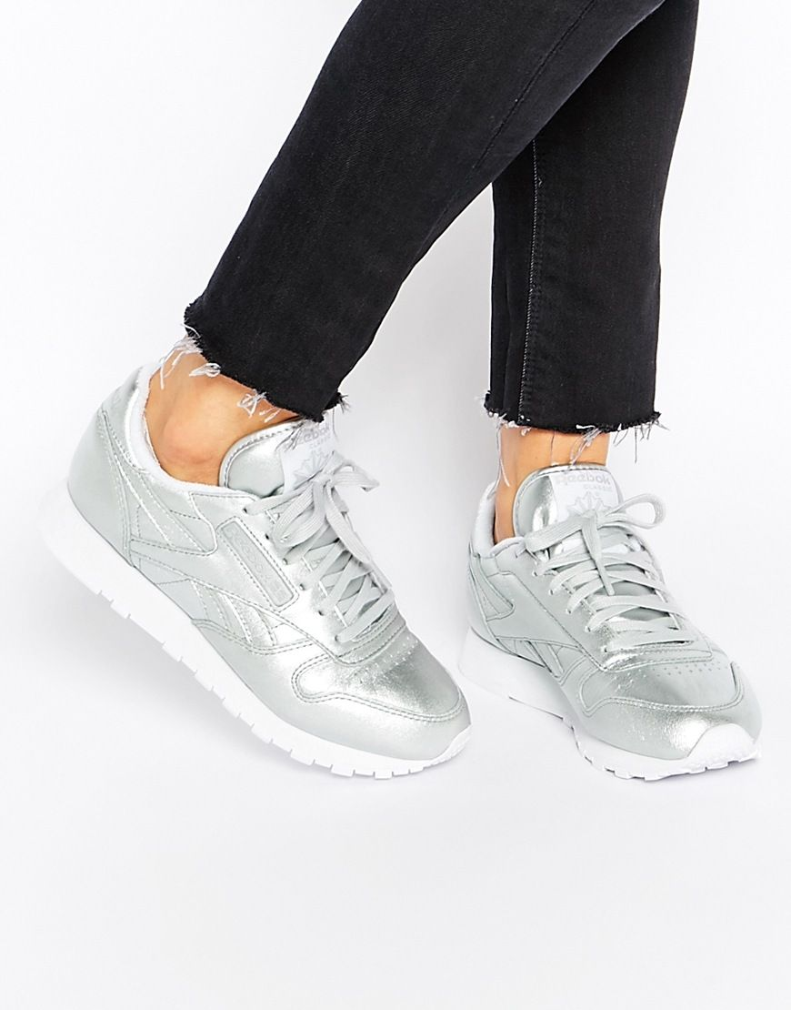 f3fa7377ddb3 Reebok Classic Leather Silver Spirit Face Trainers