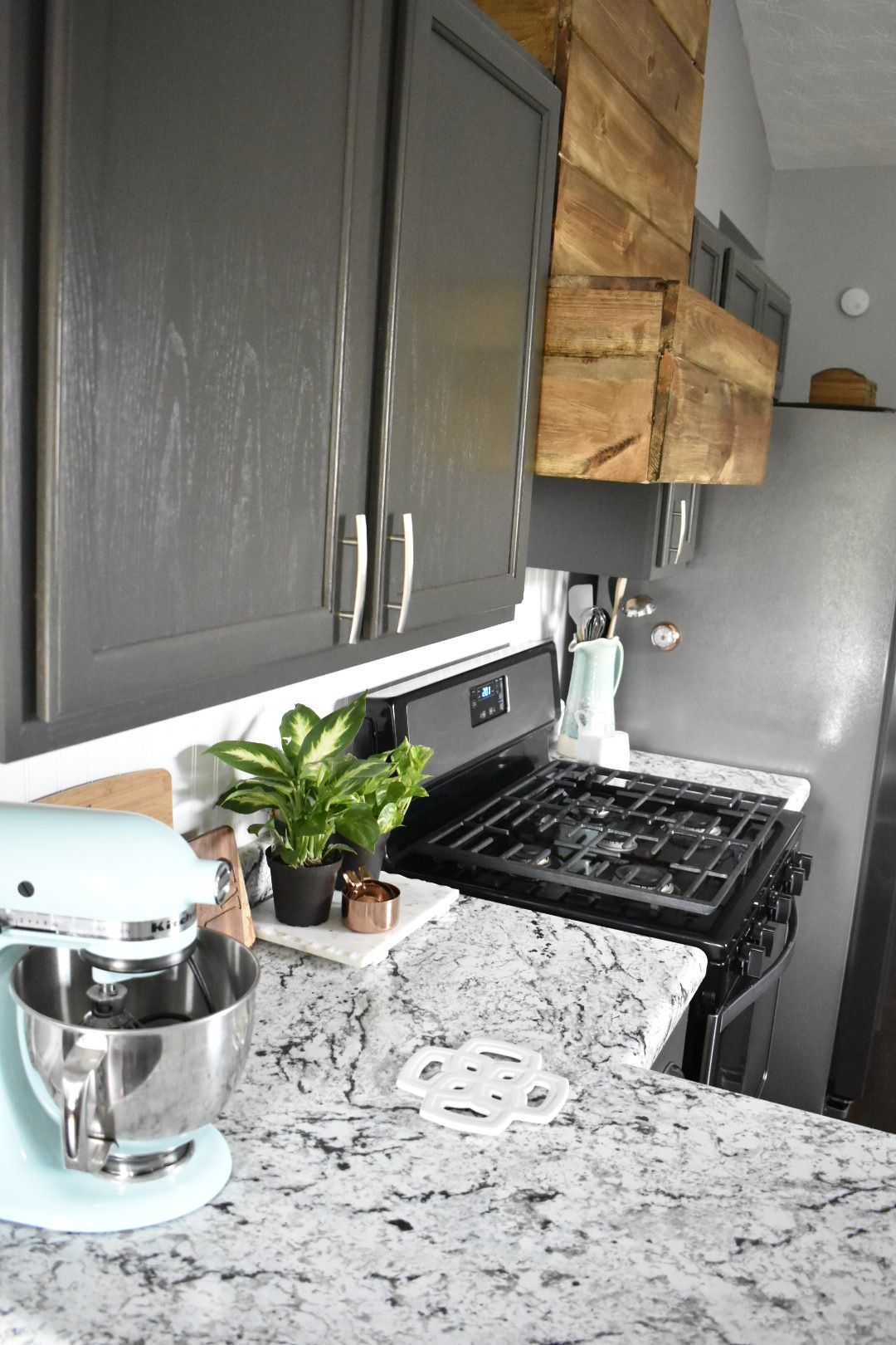 Modern Farmhouse Kitchen Rustic Accents With A Neutral Base White Ice Formica L Farmhouse Kitchen Countertops Laminate Countertops White Laminate Countertops