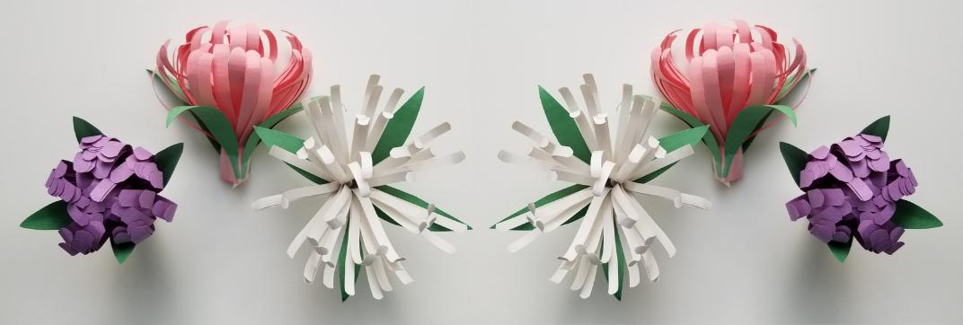 Beautiful Construction Paper Flowers #constructionpaperflowers Beautiful Construction Paper Flowers - Woli Creations #constructionpaperflowers