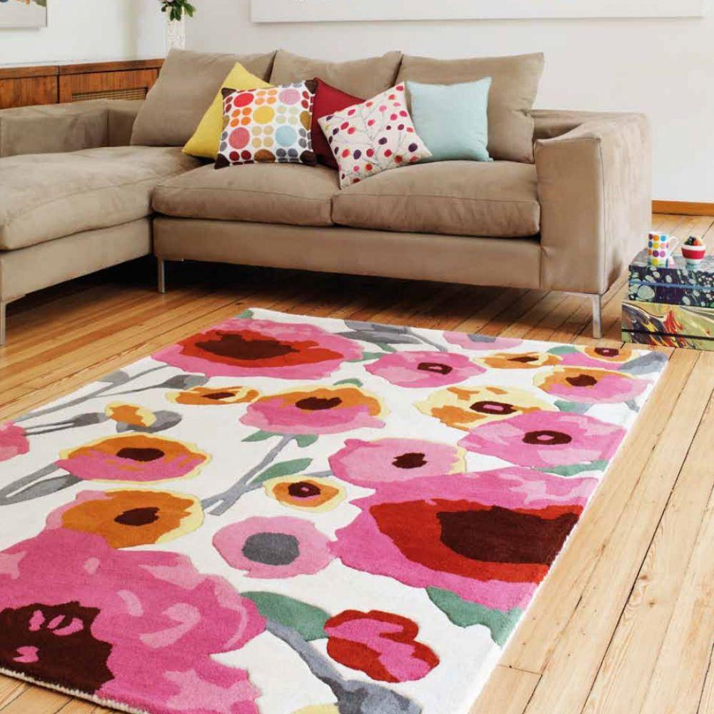 tapis haut de gamme multicolore 100 laine puisant son inspiration dans un univers floral aux. Black Bedroom Furniture Sets. Home Design Ideas