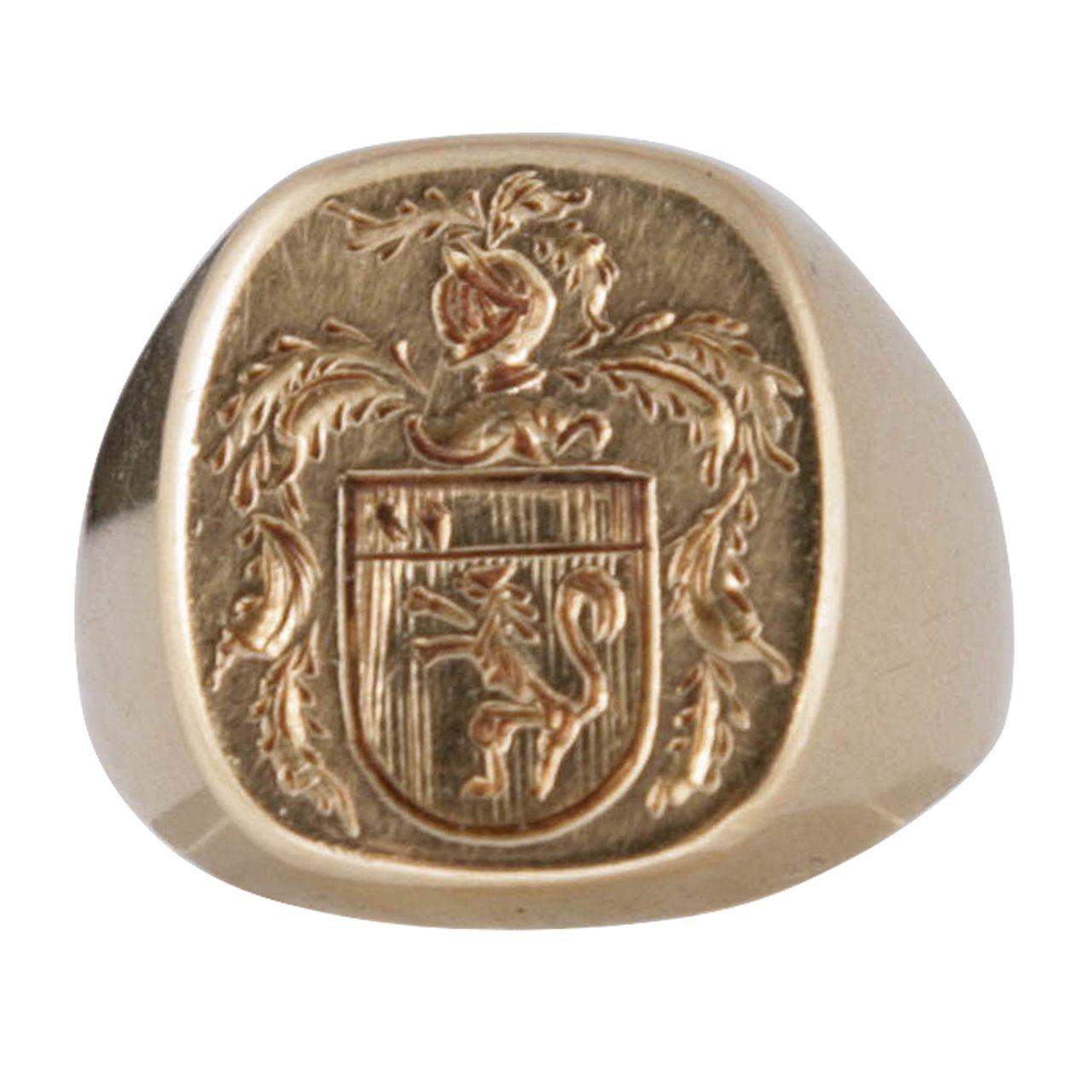 armorial signet ring ringe. Black Bedroom Furniture Sets. Home Design Ideas