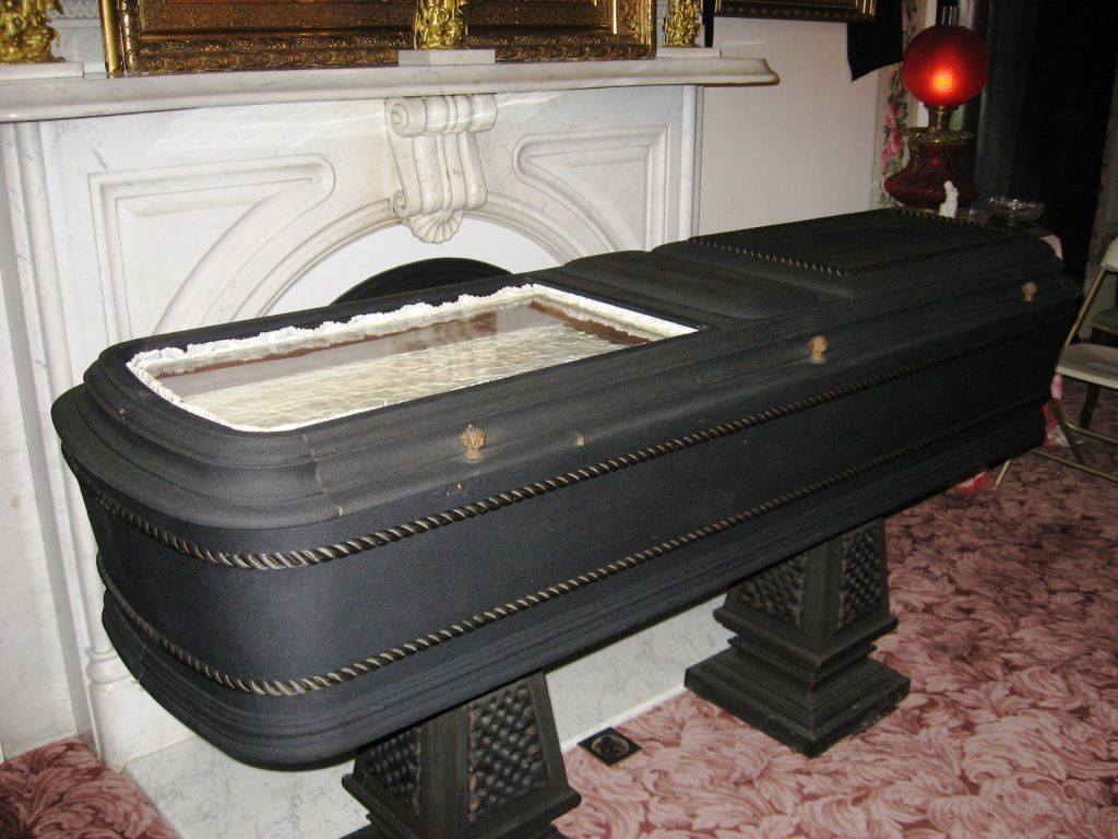Died People In Coffin