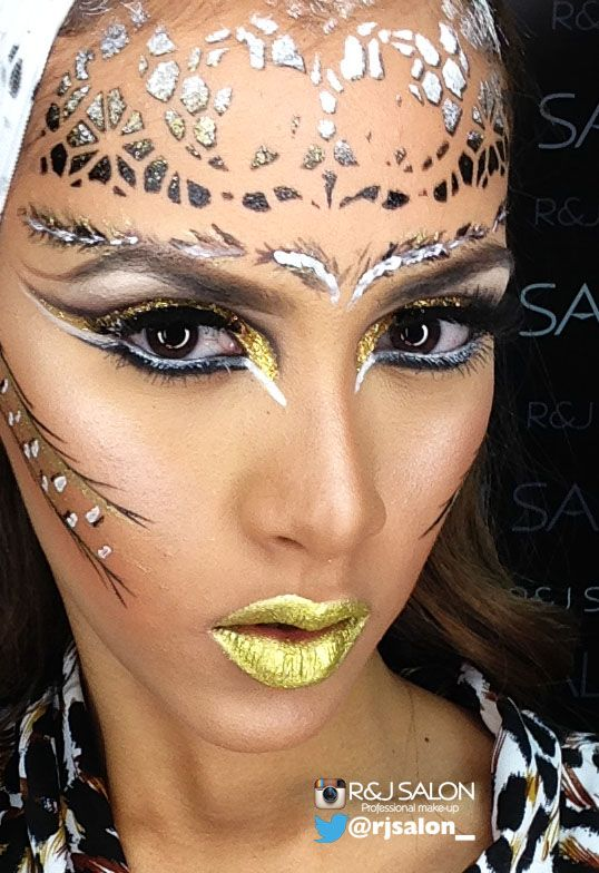 #MissPanamàuniverso2015  FOTOS TRAJE TÍPICO makeup by @rjsalon_  @KryolanOfficial  #supracolor @MissUniversoOrg  @gladysbrandao