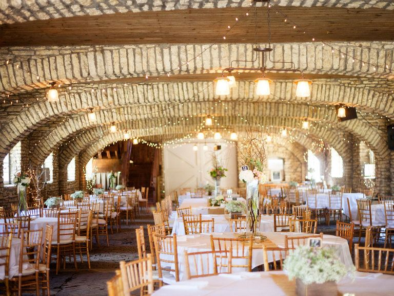 Cheap Wedding Ceremony And Reception Venues Mn: 10 Minnesota Barn Venues That Aren't Boring