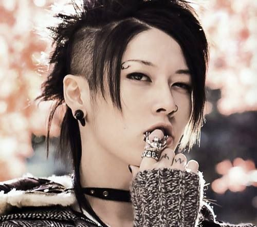 Miyavi Not My Most Fav Hair Style On Him Asian Miyavi Long