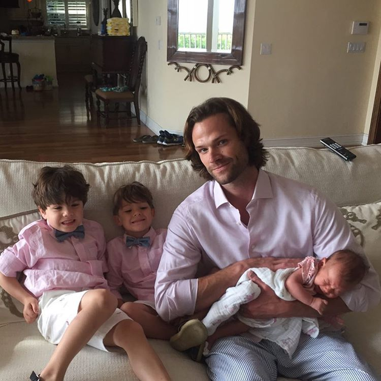 jaredpadaleckiThat's a Season 12 wrap on Sam Winchester. Time for family and PINK in sunny Florida! Thanks for yalls incredible support this year. All my love to the entire #spnfamily