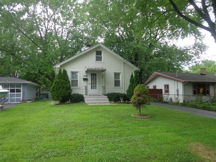 204 Memphis Ave  Madison , WI  53714  - $126,500  #MadisonWI #MadisonWIRealEstate Click for more pics