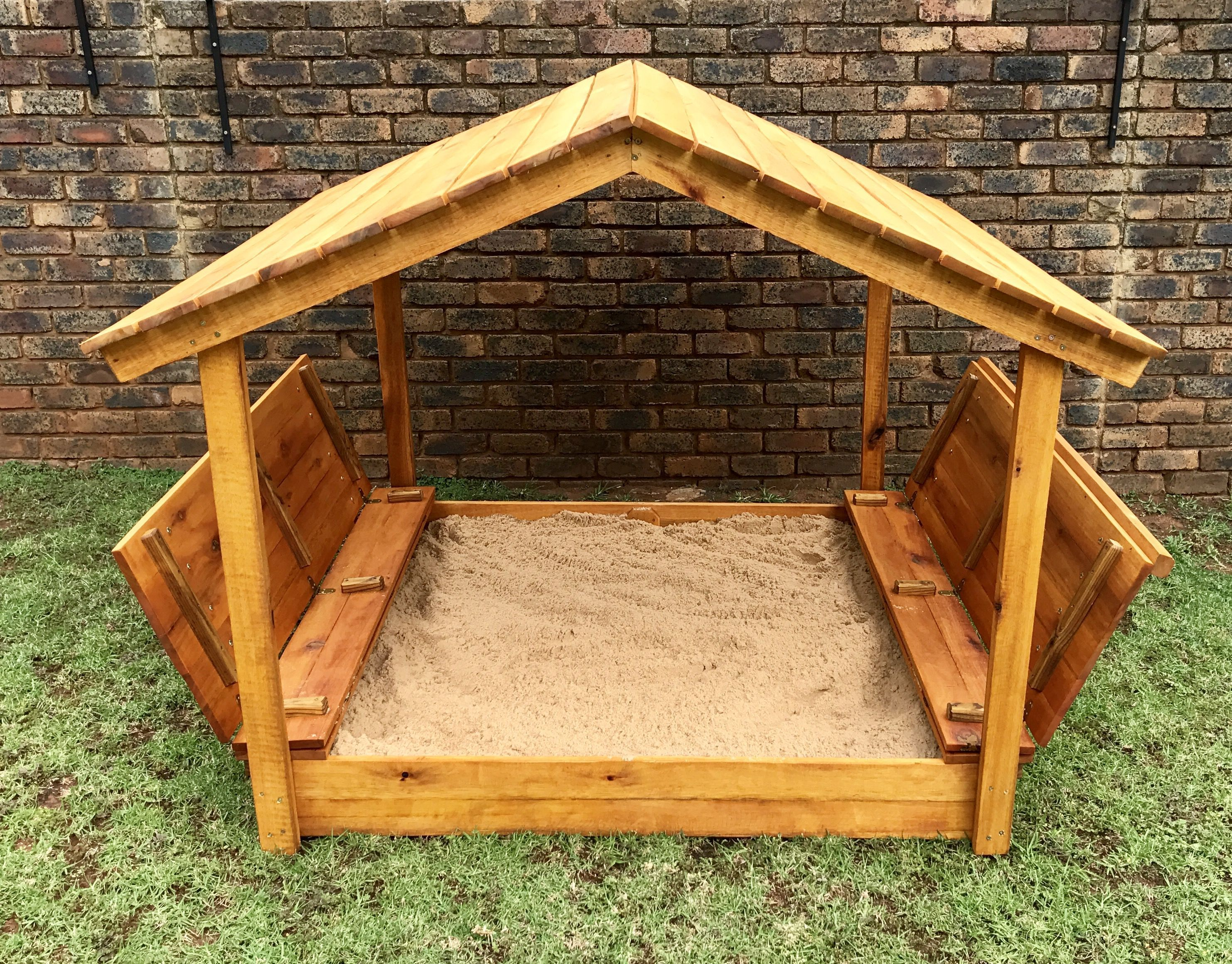 Covered sandboxwith lid image 0 shade cover sand pit
