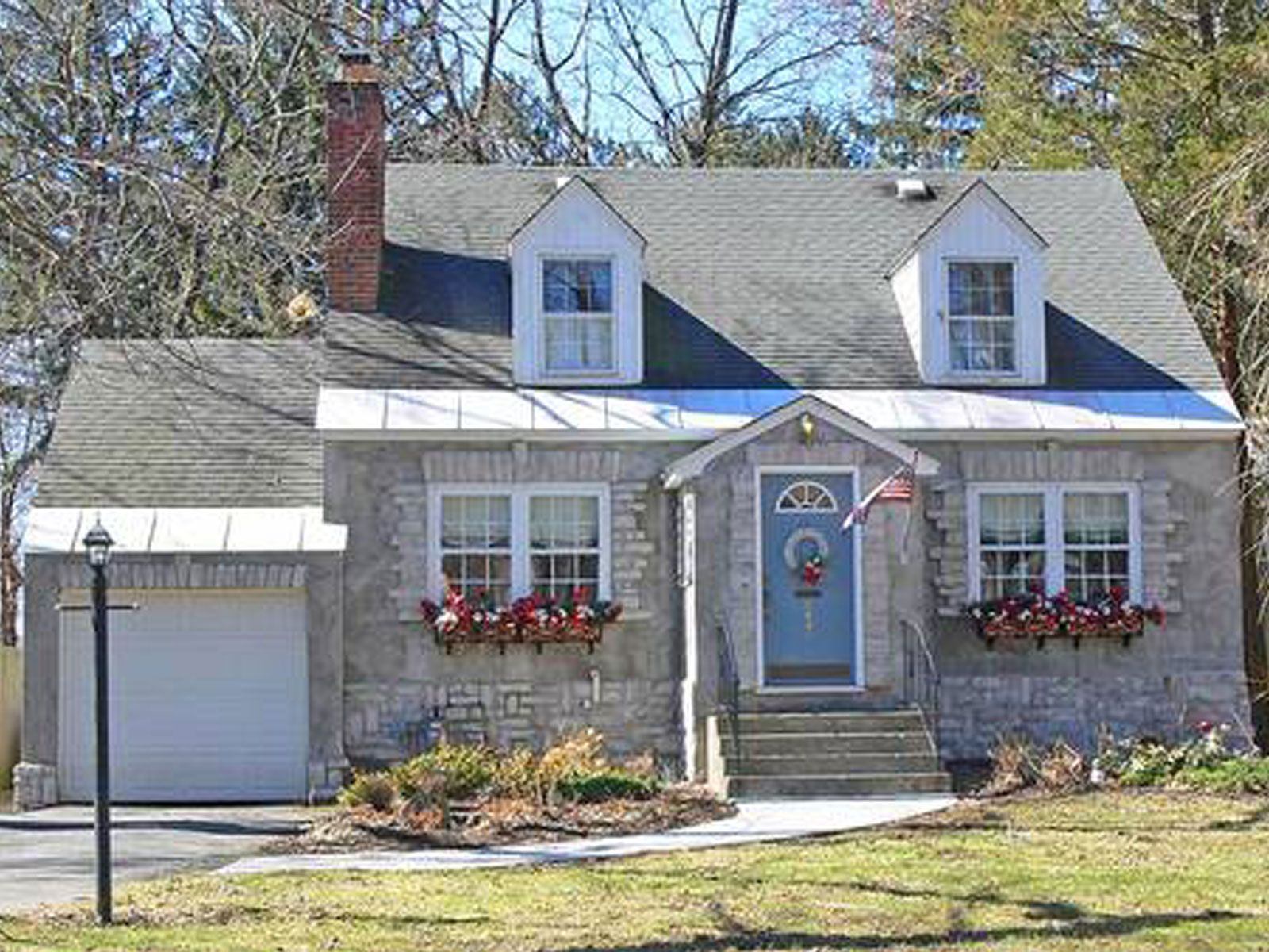 Cape Cod Exterior Ideas Part - 21: Before U0026 After Cape Cod House Gets A Makeover