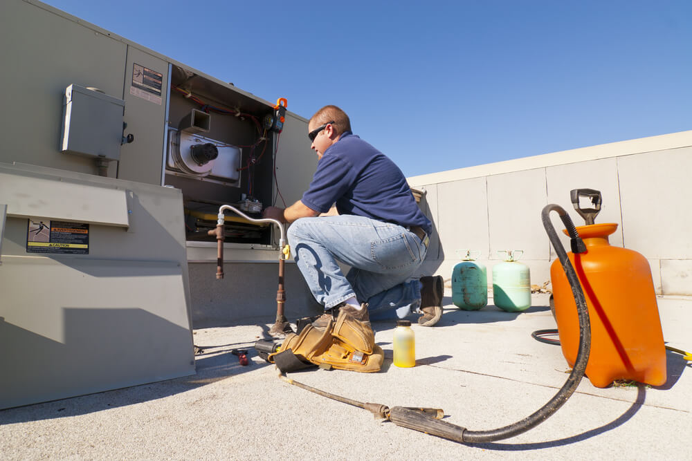 Discover the Benefits to Using Commercial HVAC Services