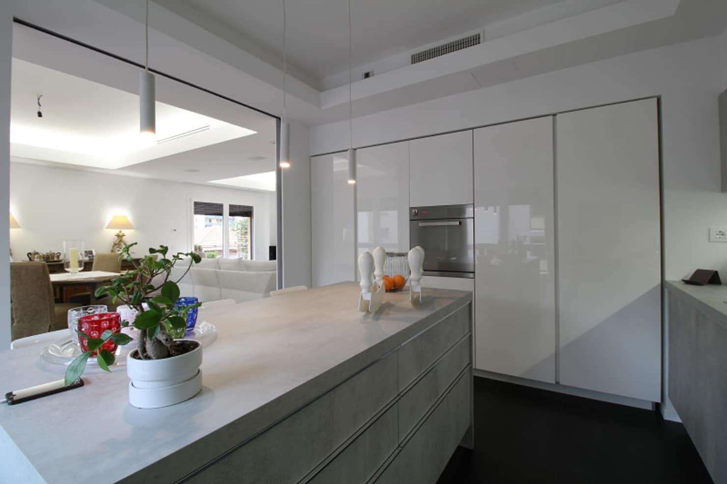 Appartamento a palermo – 2015 cucina minimalista di giuseppe rappa & angelo m. castiglione minimalista