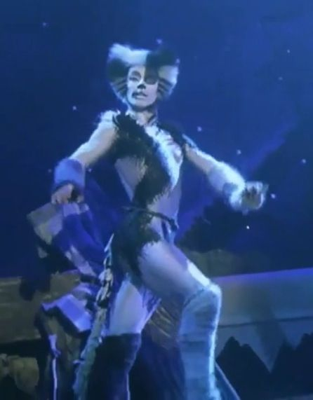 Alonzo from the CATS musical film 1998 - Love this film so much - best of lyrics invitation to the jellicle ball