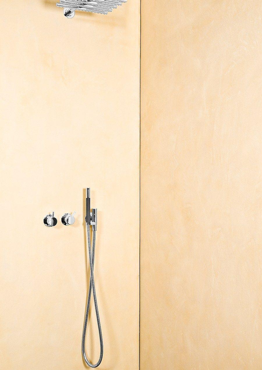 duschrückwand wurde bewusst ohne fliesen fugenlos ausgeführt ... - Fliesen Fugenlos