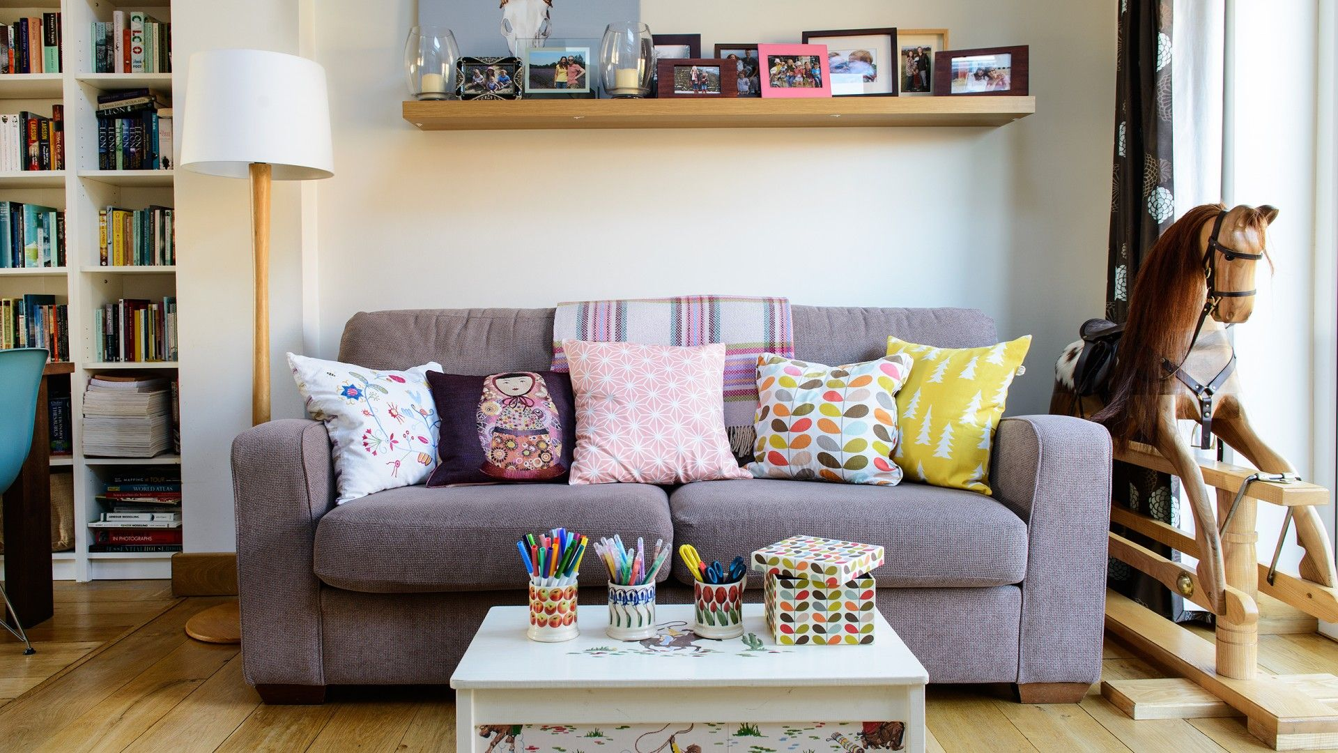 big decorating ideas for small living rooms  small living