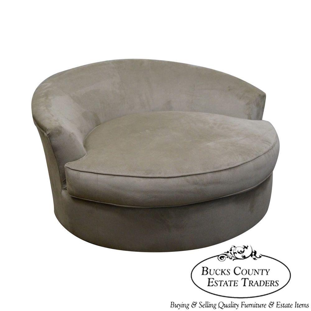 Love Seats Stoelen.Large Oversized Round Revolving Swivel Chair Loveseat Style Of